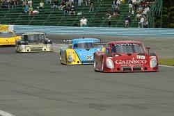 #99 Gainsco/ Bob Stallings Racing Pontiac Riley: Jon Fogarty, Alex Gurney leads