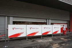 Closed garages, Toyota Racing