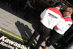 Bridgestone team members