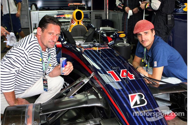 Макс Тідоф, Макс фон Тун у гаражі  Red Bull Racing