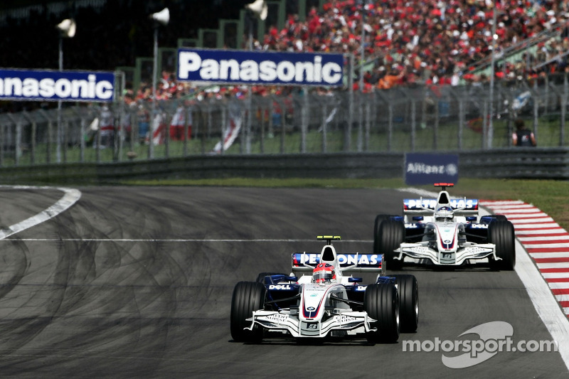 Robert Kubica, BMW Sauber F1 Team, F1.07 y Nick Heidfeld, BMW Sauber F1 Team, F1.07