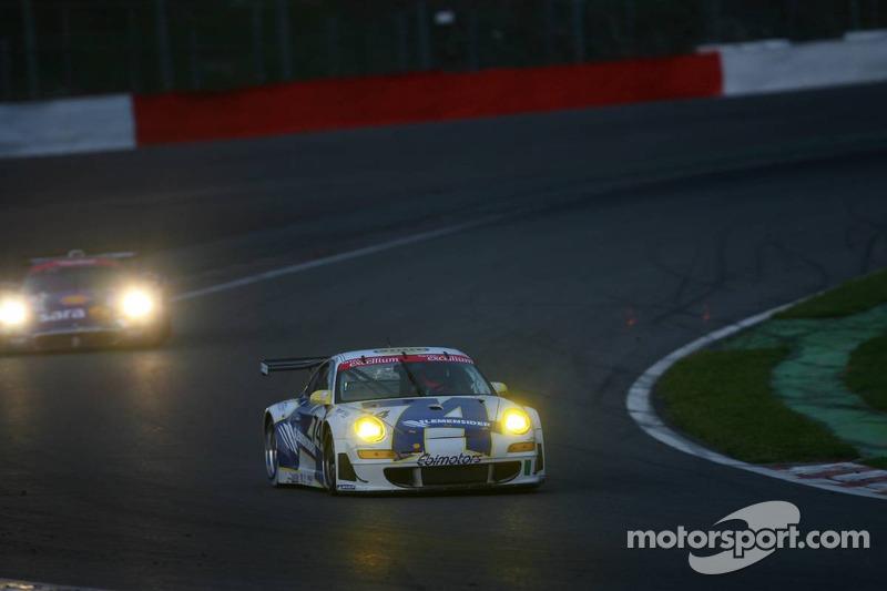 #74 Ebimotors Porsche 997 GT3 RSR: Marcello Zani, Emanuele Busnelli, Xavier Pompidou, Andrea Ceccato