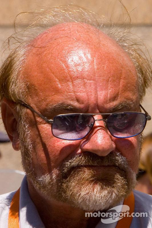 Kevin Kalkhoven