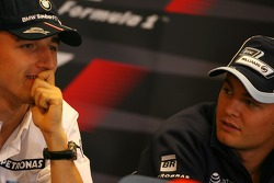 Robert Kubica,  BMW Sauber F1 Team, Nico Rosberg, WilliamsF1 Team