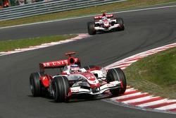 Takuma Sato, Super Aguri F1, SA07, Anthony Davidson, Super Aguri F1 Team, SA07