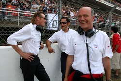 Before the race the spirit on the grid was still good Hans-Jürgen Mattheis, Team Manager HWA Hans-Jurgen Abt, Teamchef Abt-Audi and Dr Wolfgang Ullrich, Audi's Head of Sport had some laughs and conversation