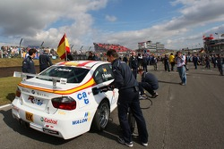 Felix Porteiro, BMW Team Italy-Spain, BMW 320si WTCC sur la grille