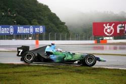 Поврежденный носовой обтекатель: Дженсон Баттон, Honda Racing F1 Team