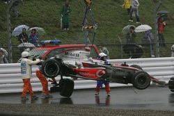Choque de Fernando Alonso, McLaren Mercedes, crashes