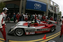 Petit Preview Party at Atlantic Station: Greg Pickett and Klaus Graf and Team Cytosport perform a pitstop demo for the fans