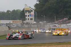 Green flag for the 2007 Petit Le Mans