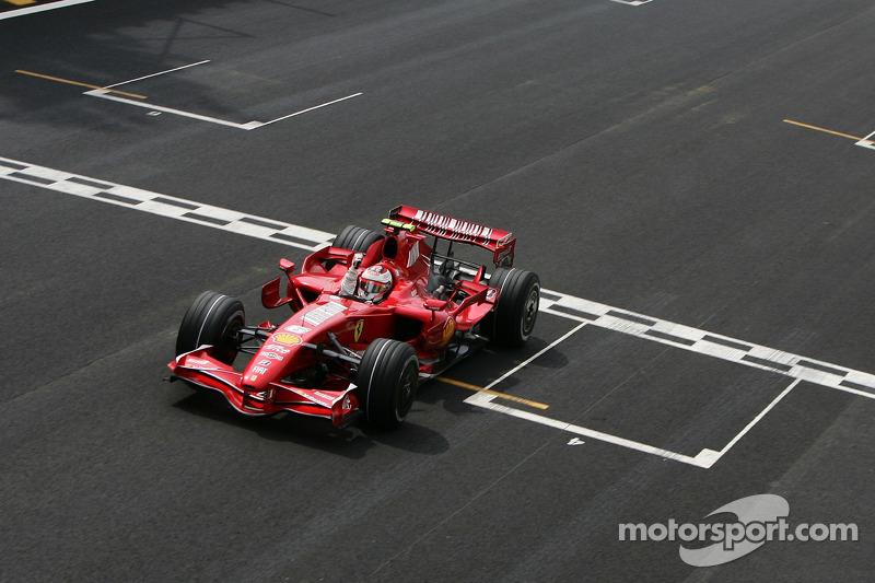 2007: Kimi Räikkönen (Ferrari F2007)