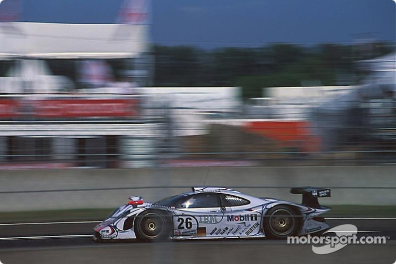 #26 Porsche AG Porsche 911 GT1-98: Allan McNish, Stéphane Ortelli, Laurent Aiello