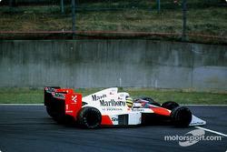 Le célèbre accident entre Ayrton Senna et Alain Prost au 46e tour
