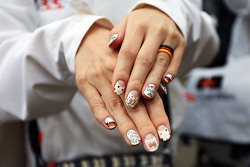 A Nico Hulkenberg, Sahara Force India F1 fan with painted nails