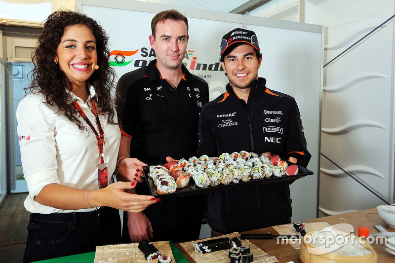Sergio Pérez, Sahara Force India F1 preparando sushi