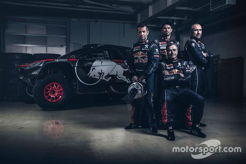 Объявление гонщиков Peugeot 2008 DKR16