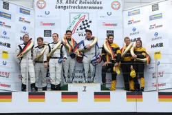 Podium: winners Marc Busch, Dennis Busch, second place Yelmer Buurman, Thomas Jäger, Jan Seyffarth,