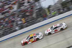 A.J. Allmendinger, JTG Daugherty Racing Chevrolet and Greg Biffle, Roush Fenway Racing Ford