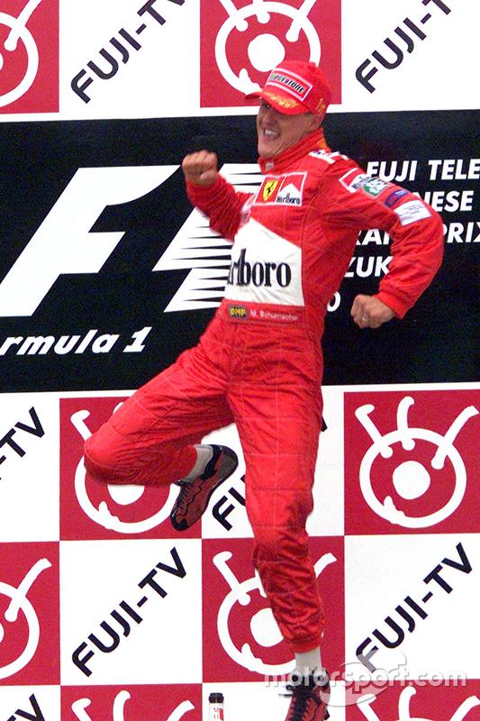 Il vincitore della gara e del Campionato del Mondo 2000, Michael Schumacher, Ferrari
