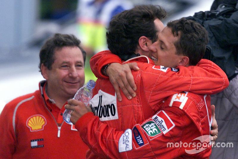 Yarış galibi ve 2000 Dünya Şampiyonu Michael Schumacher, Ferrari