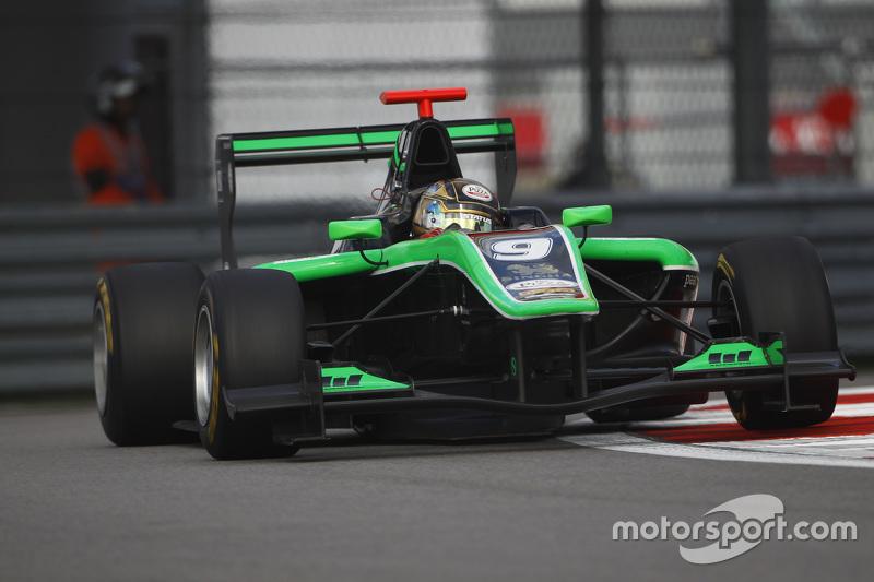 Sandy Stuvik, Status Grand Prix