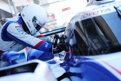 Mekanik Toyota Racing