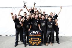 Campeón 2015 Stoffel Vandoorne, ART Grand Prix