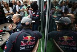 Carlos Sainz Jr., Scuderia Toro Rosso and Franz Tost, Scuderia Toro Rosso Team Principal with the media