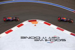 Daniil Kvyat y Daniel Ricciardo, Red Bull Racing