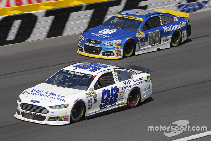Reed Sorenson and Dale Earnhardt Jr., Hendrick Motorsports Chevrolet