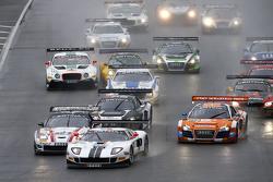 #14 Lambda Performance Ford GT GT3: Nico Verdonck, Frank Kechele лідирує