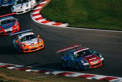 Carrera Cup Inggris: Brands Hatch