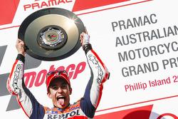 Подиум: победитель гонки - Марк Маркес, Repsol Honda Team