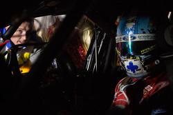 Di balik layar Mark Winterbottom dan Chaz Mostert, Prodrive Racing Australia Ford