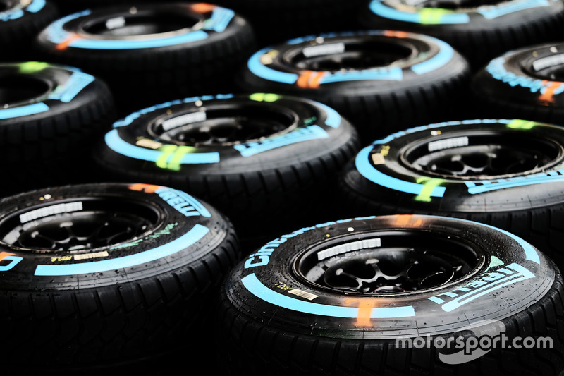 Pneus para pista molhada da Pirelli