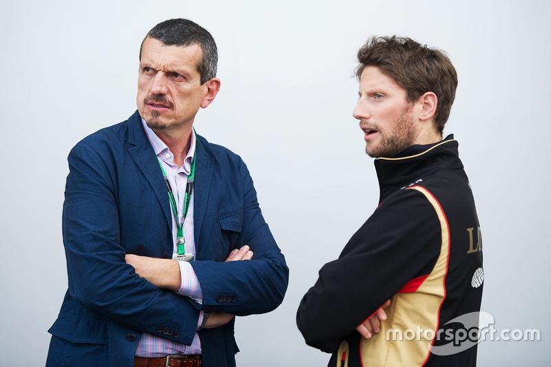 Октябрь. Руководитель Haas F1 Гюнтер Штайнер и Ромен Грожан