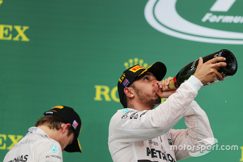 Podium: Race winner and World Champion Lewis Hamilton, Mercedes AMG F1, with second place Nico Rosberg, Mercedes AMG F1 W07