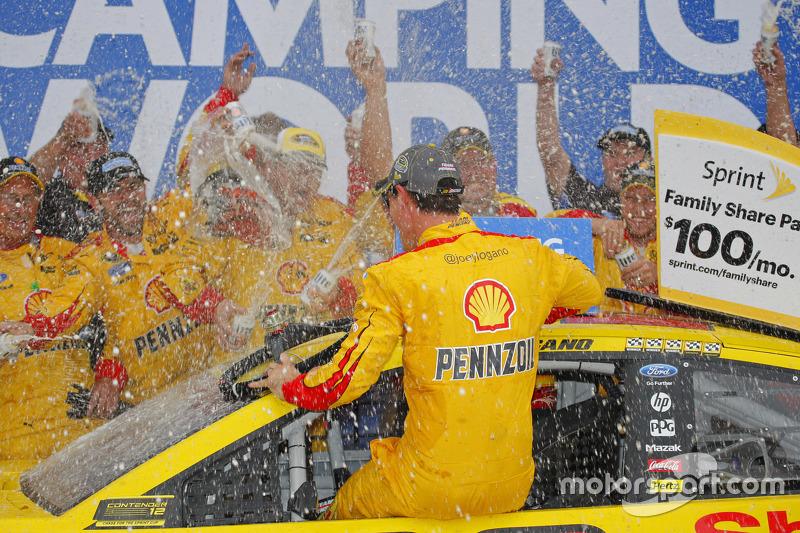 Переможець Джой Логано, Team Penske Ford