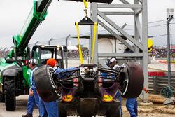 Поврежденный Red Bull Racing RB11 Даниила Квята, Red Bull Racing