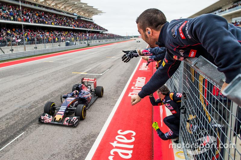 Max Verstappen laat Toro Rosso feesten