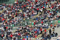 Fans dans les tribunes