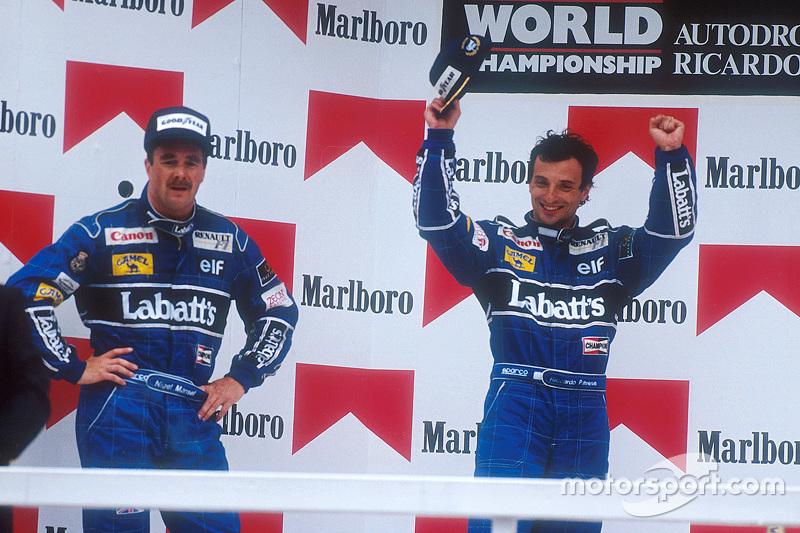 Podium : le vainqueur Riccardo Patrese, le deuxième, Nigel Mansell
