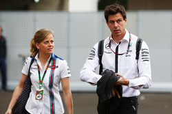 Susie Wolff, Williams Development Driver met echtgenoot Toto Wolff, Mercedes AMG F1 aandeelhouder en Executive Director