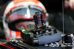 Jenson Button, McLaren MP4-30 - steering wheel