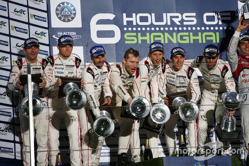 فريق بورشه 919 الهجينة: تيمو بيرنهارد، مارك ويبر، برندون هارتلي والسيارة رقم 18 فريق بورشه 919 الهجي