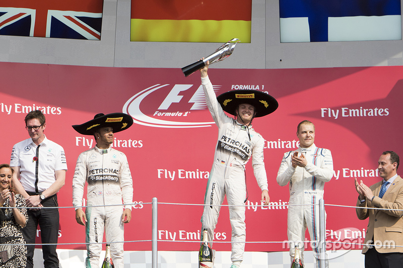 Podium: Winner, Nico Rosberg, Mercedes AMG F1, Second place, Lewis Hamilton Mercedes AMG F1 and the