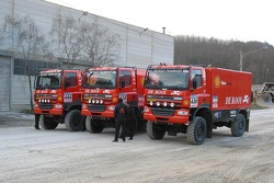 Team de Rooy presentation party: the GINAF X2223 rally trucks