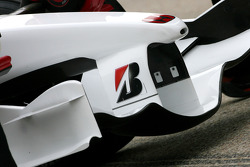 Honda Racing F1 Team, RA108 front wing detail