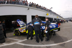 Lowe's Chevrolet crew members at work